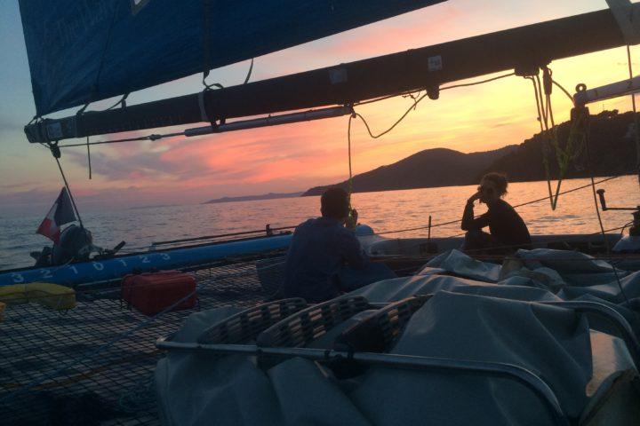 balade en mer au couché du soleil sunset Cavalaire Cap Taillat